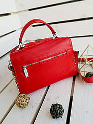 Женская кожаная сумка размером 25х19х12 см Красная (01136)
