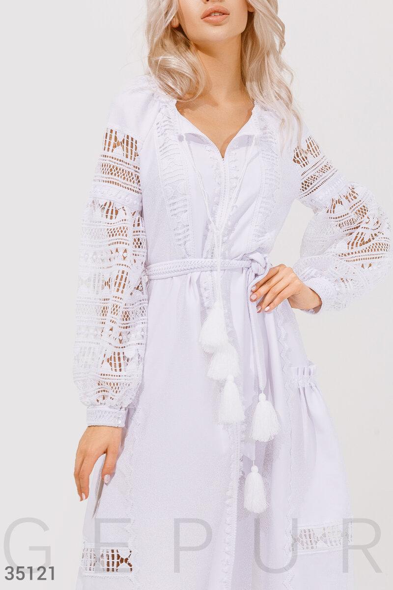 Мереживне плаття біле міді