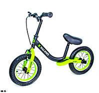 Велобег (Беговел) детский с надувными колесами Scale Sports, Черно-салатовый