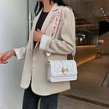 Модная маленькая женская сумка. Сумка женская стильная с текстильным ремешком. Сумочка из экокожи летняя Белая, фото 2
