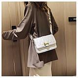 Модная маленькая женская сумка. Сумка женская стильная с текстильным ремешком. Сумочка из экокожи летняя Белая, фото 5