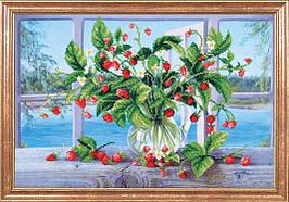 """Рисунок на ткани для вышивания бисером """"Земляника на окне"""""""