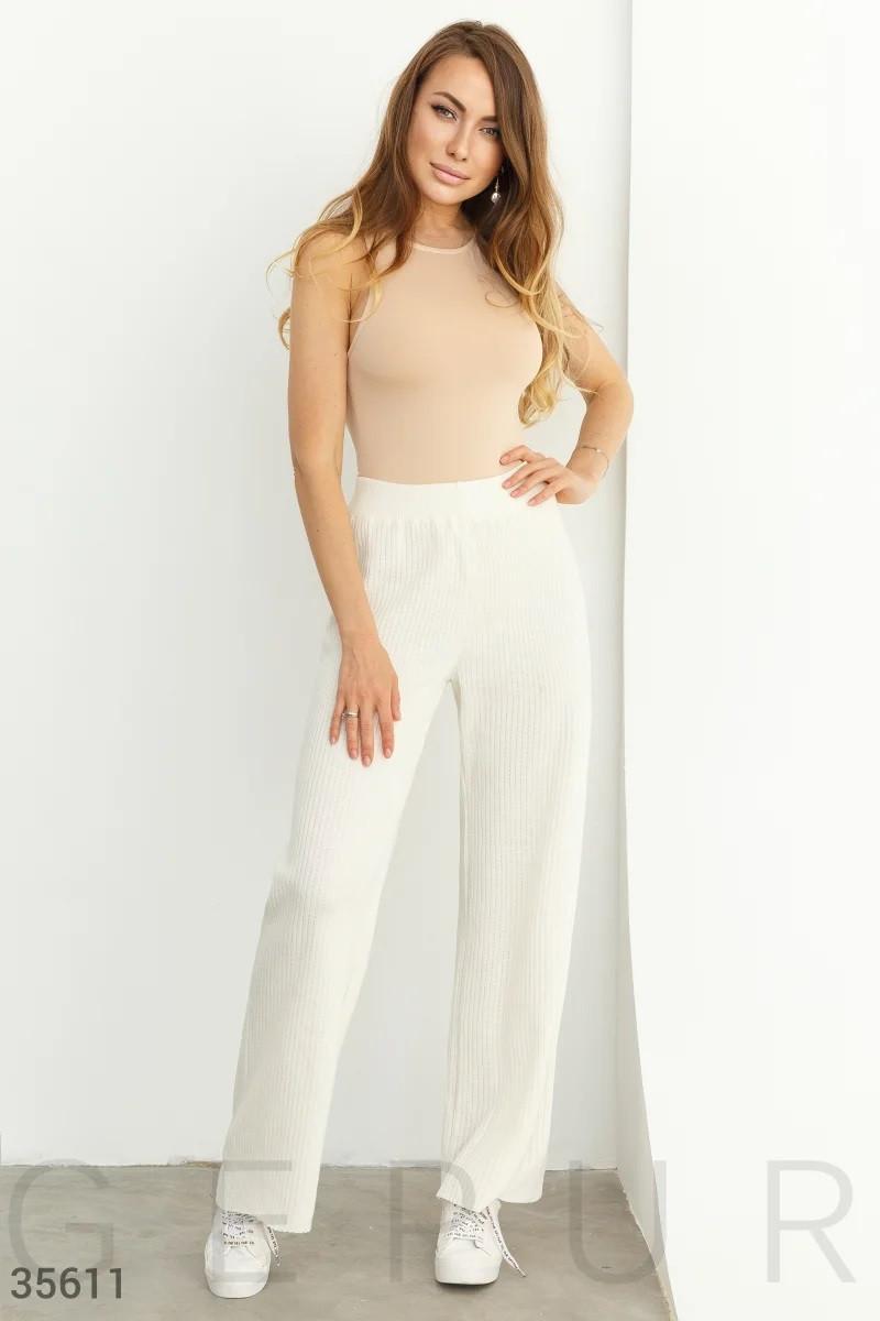Вязаные белые хлопковые брюки UN