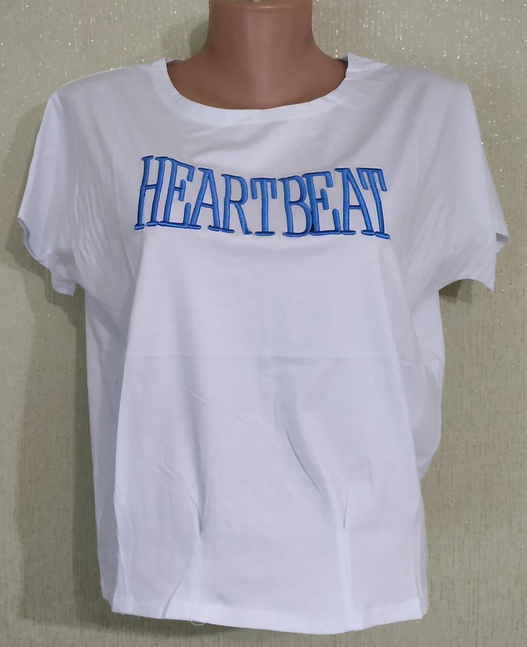 Молодежная футболка с рисунком.