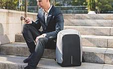 Городской рюкзак антивор с разъемом usb для зарядки гаджетов серого цвета Bobby XD Design Grey USB (Реплика), фото 3