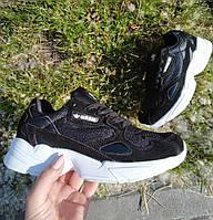 Женские кроссовки Adidas Falcon белые черные