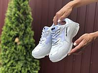 Кроссовки Balenciaga Triple S Sneaker белые