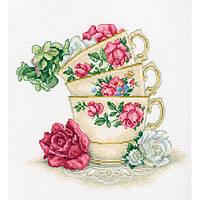 """Набор д/ вышивания РТО """"Чашка чая с лепестками роз"""""""