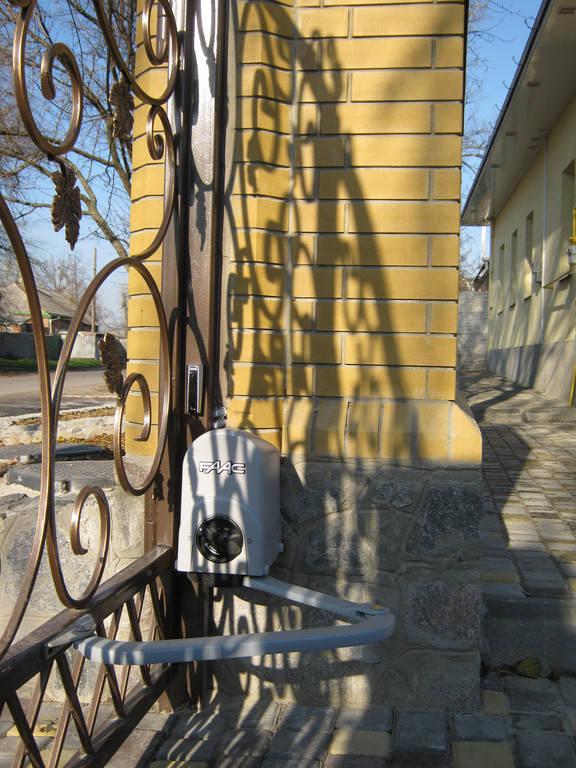 Установка автоматики FAAC 391 KIT для распашных ворот