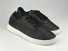 Кросівки жіночі літні стильні чорні Artin на чорних шнурках