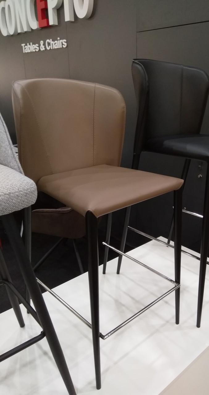 Полубарный стул ARTHUR (Артур) капучино кожа от Concepto