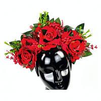 Обруч с крупными розами и ягодами