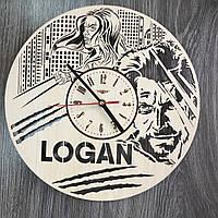 Настенные часы 7Arts из дерева в интерьер Логан CL-0323, КОД: 1474492
