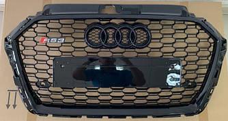 Решетка радиатора Audi A3 8V (16-20) стиль RS3 (черная)