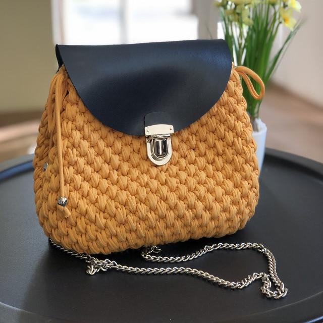 Дизайнерский вязаный рюкзак ручной работы из трикотажной пряжи Бобилон