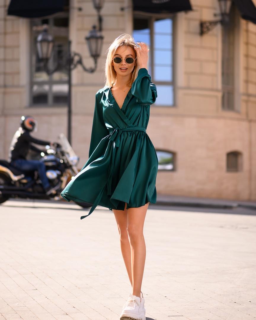 Изумрудное платье мини короткое женское универсальное однотонное