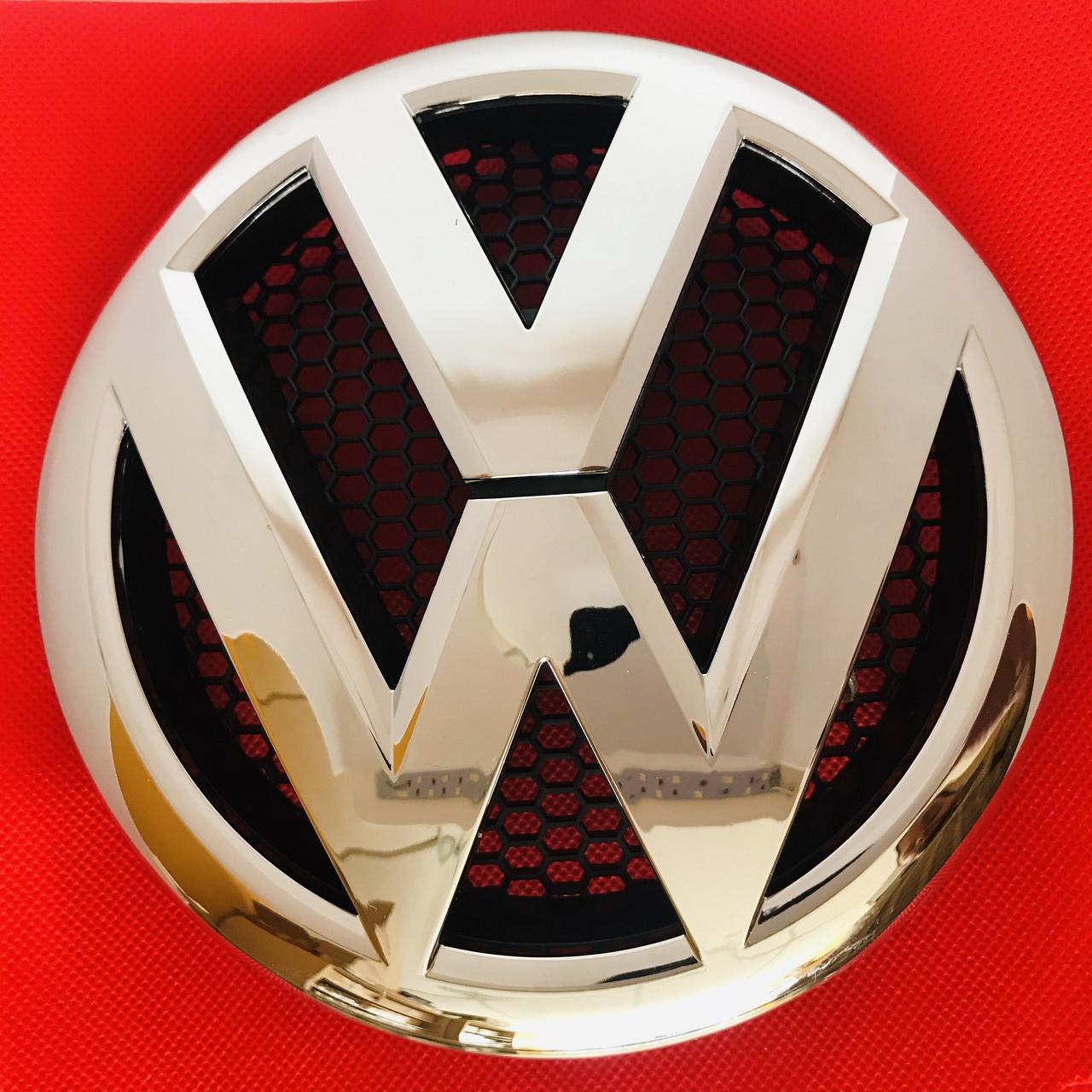 Эмблема передняя Volkswagen Фольксваген  VW T5 Transporter 2010-2016 на решетку радиатора , 7E0 853 601