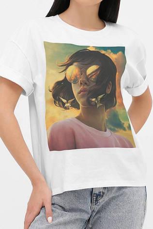 Женская футболка со спущенным рукавом принт девушка в очках, фото 2