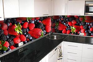 """Скинали на кухню Zatarga""""Лесная ягода"""" 650х2500 мм красный виниловая 3Д наклейка кухонный фартук"""
