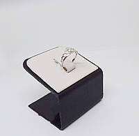 Кольцо серебряное с фианитом и золотыми пластинами