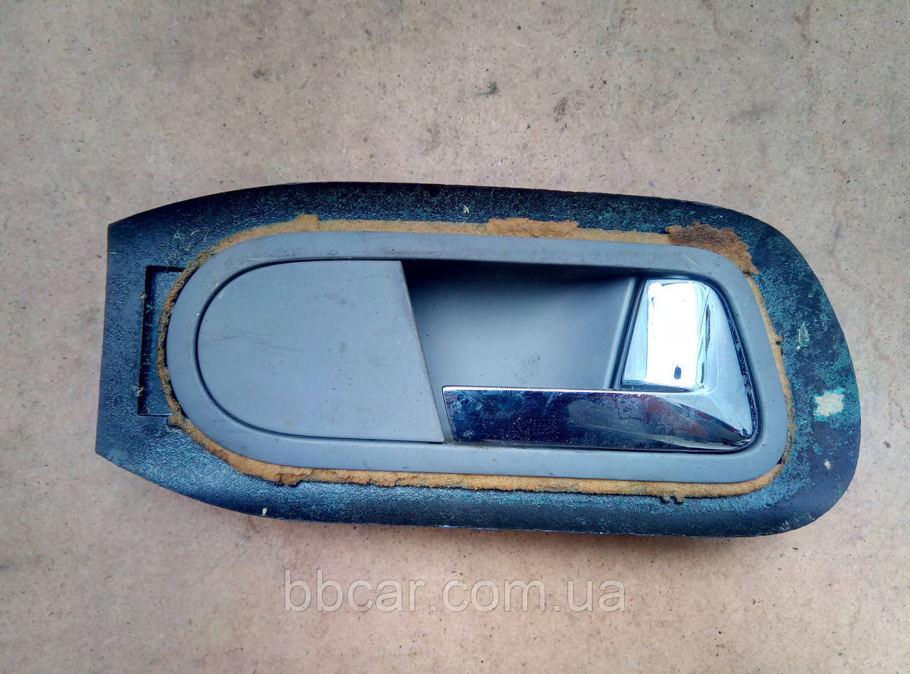 Дверная ручка ( передняя \ задняя правая ) Volkswagen Sharan , Ford Galaxy 7M3 837 114 B , YM21 A24648 DAW