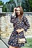 Платье летнее мини свободный стиль материал софт размер универсальный акварельные цветы на темно-синем, фото 2