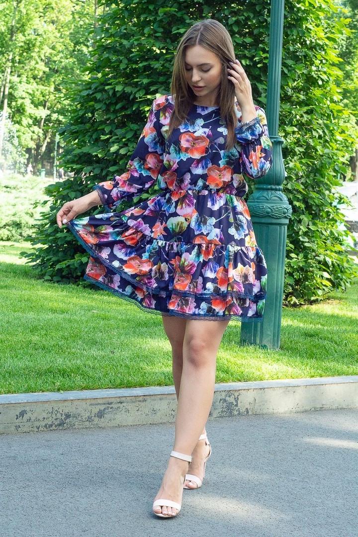 Платье летнее мини свободный стиль материал софт размер универсальный акварельные цветы на темно-синем