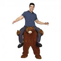 Костюм НА Плечах У Медведя