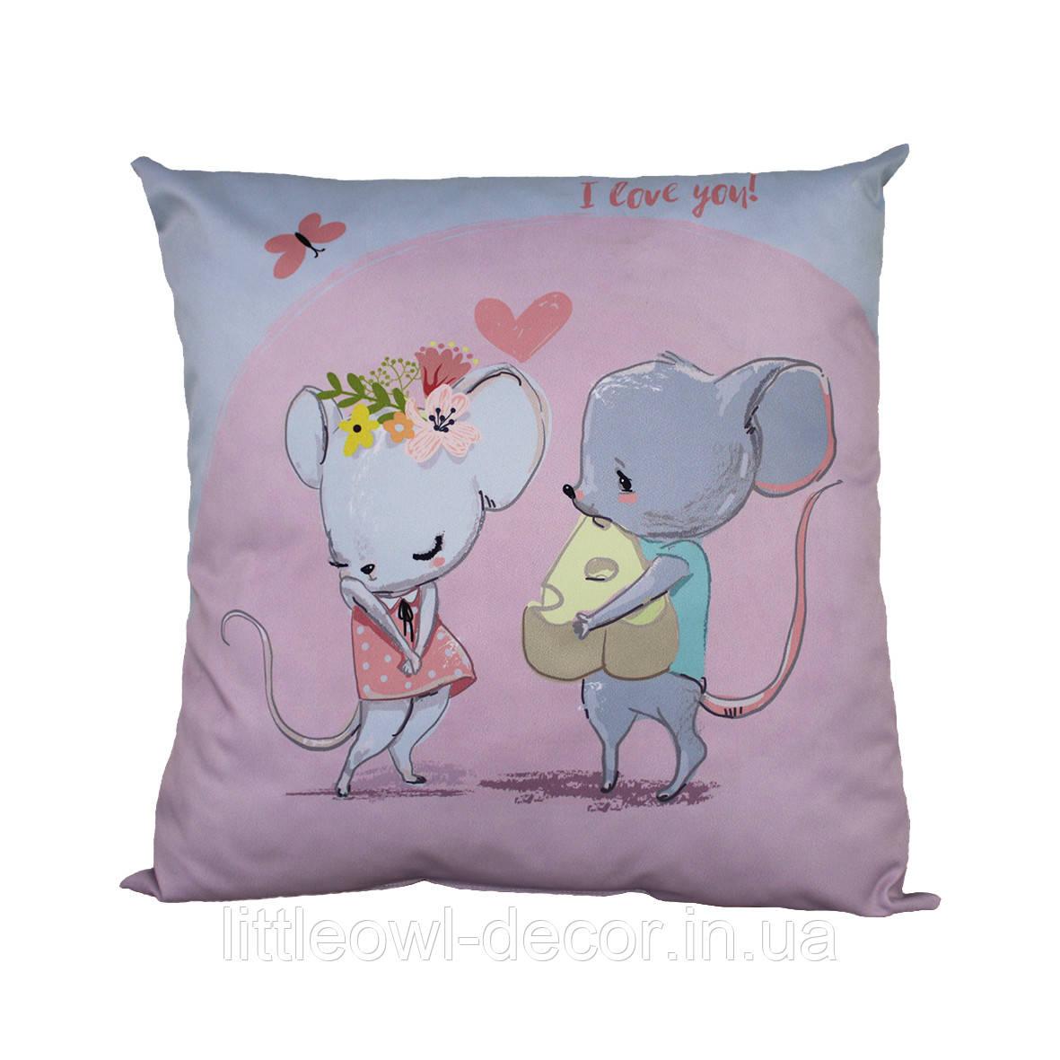 Подушка Две Мышки 40х40см