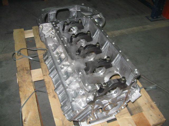 Блок цилиндров ГАЗ 53, 3307 с картером сцепления (производство  ЗМЗ)  511-1002009