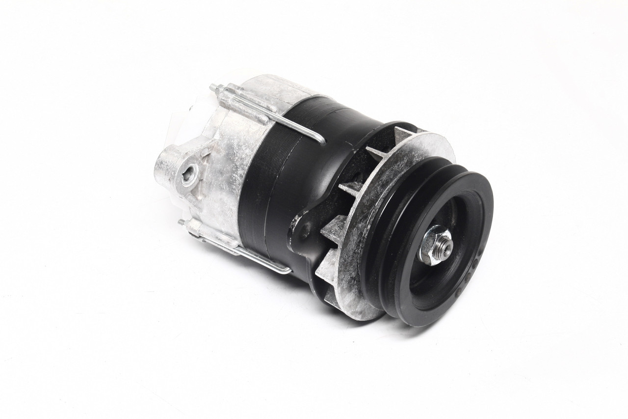 Генератор Т 40, 40М, ЛТЗ 55, 60 14В 0, 7кВт (2-х ручейковый ) (производство  Радиоволна)  Г462.3701-1