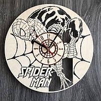 Круглые бесшумные настенные часы 7Arts из дерева Spider-Man CL-0281, КОД: 1474503