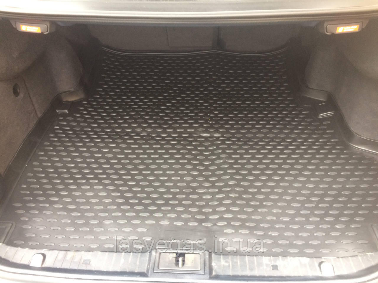 Коврик в багажник  MERCEDES-BENZ E-class W211 2002-2009 сед. (полиуретан)