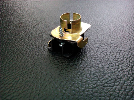Патрон фонаря ВАЗ 2103, 2106 на 1 контакт (пр-во Россия) З 633653, фото 2
