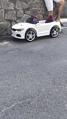 Детский электромобиль с пультом BMW T-7633 белая