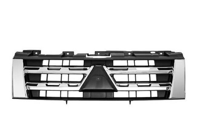 Решетка радиатора Mitsubishi Pajero 4 '12-14 хром-черная (FPS)