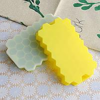 Силиконовая форма для льда CUMENSS Соты Yellow емкость для хранения, фото 3