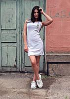 Светло-серое летнее платье с лампасами