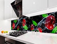 Кухонный фартук для кухни черешни, брызги воды, вишни, ягоды, 3D, черный фон Самоклейка 60 х 250 см