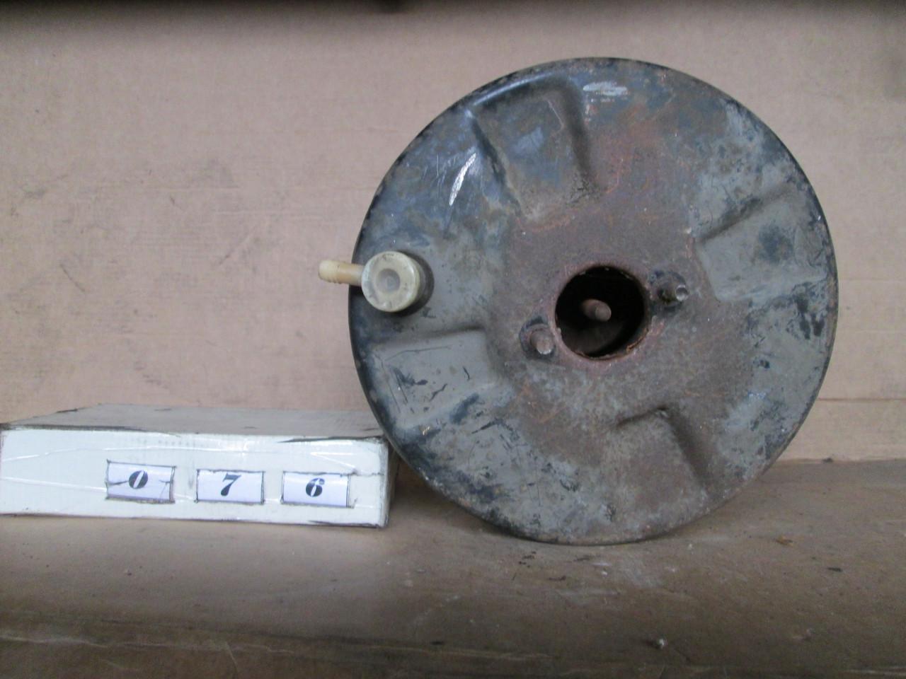 №76 Б/у  Вакуумный усилитель тормозов для Renault Trafic 1981 -2001