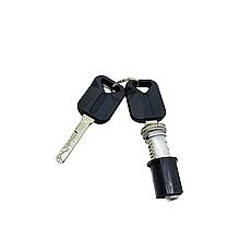 Серцевина замка з ключами VOLVO FH12 FH16 FMX NH12 (набір на одну двері)