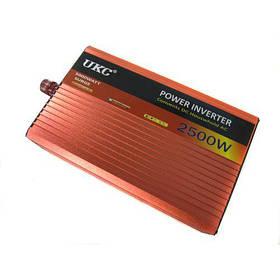 Инвертор преобразователь авто UKC 12V-220V AR 2500W