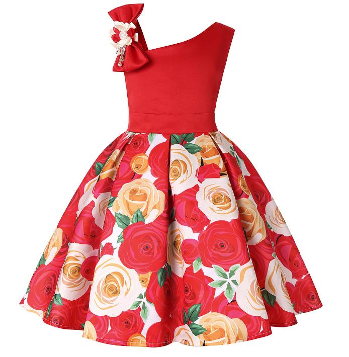 Платье красное с розами и бантом на плече нарядное для девочки.