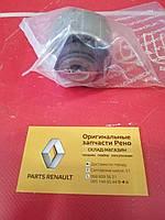 Сайлентблок переднего рычага передний Renault Laguna 3 (Hutchinson 562172)
