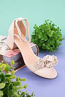 Женские босоножки бежевые с декором на каблуке 5,5 см эко-замш, фото 1