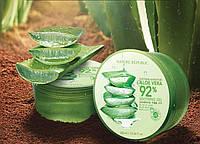 Успокаивающий и увлажняющий гель с алоэ Nature Republic Soothing Moisture Aloe Vera 92% Soothing Gel 300ml