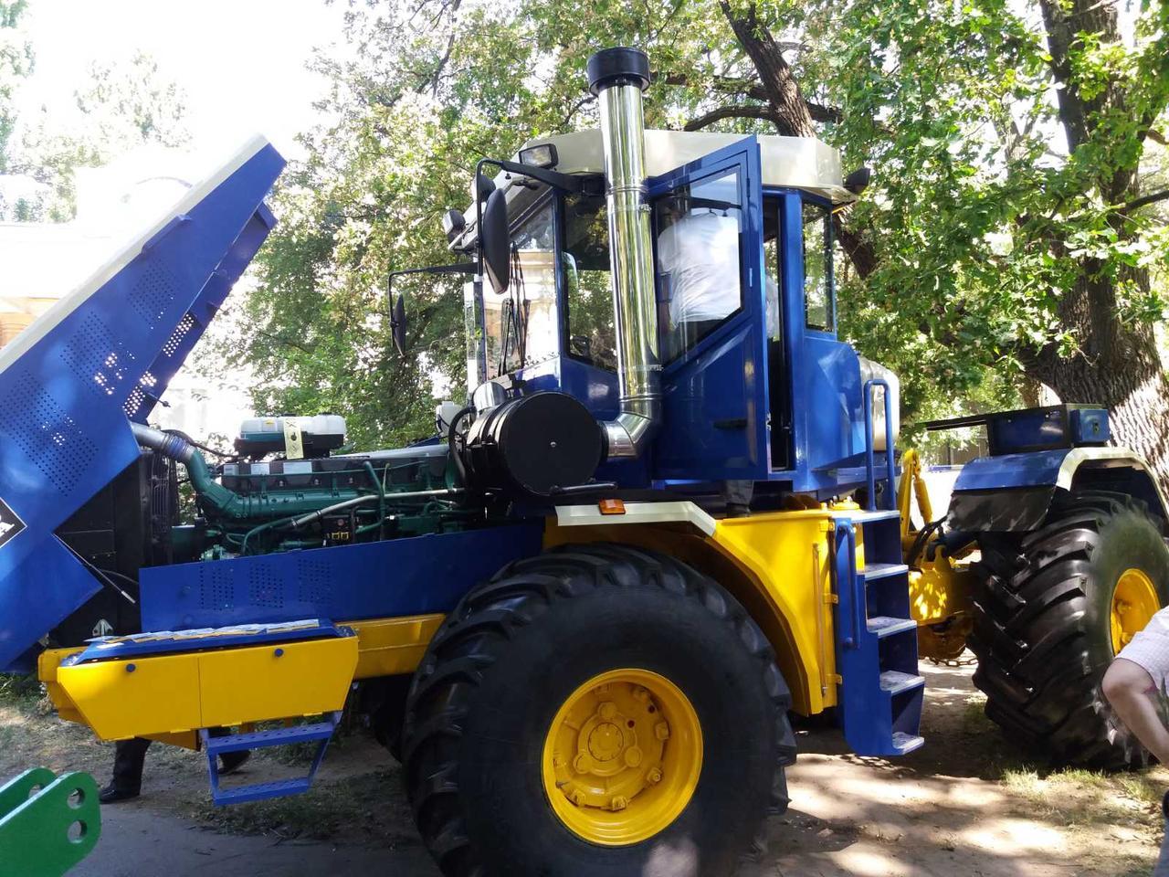 Трактор на базе К-701. Новый двигатель Volvo 420 л.с.