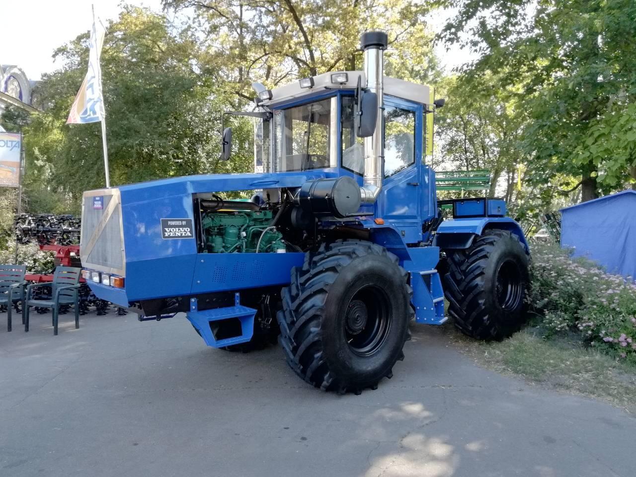 Трактор Т-150К. Двигатель Volvo 260 л.с.
