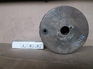 №100 Б/у Вакуумный усилитель тормозов для ВАЗ-2121 Niva 1977-1994