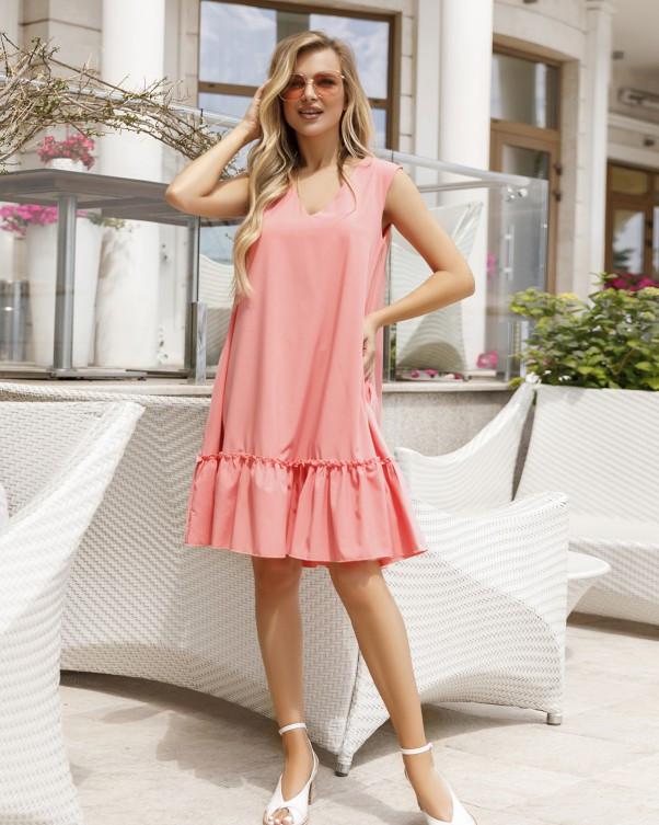 Розовое платье-трапеция без рукавов